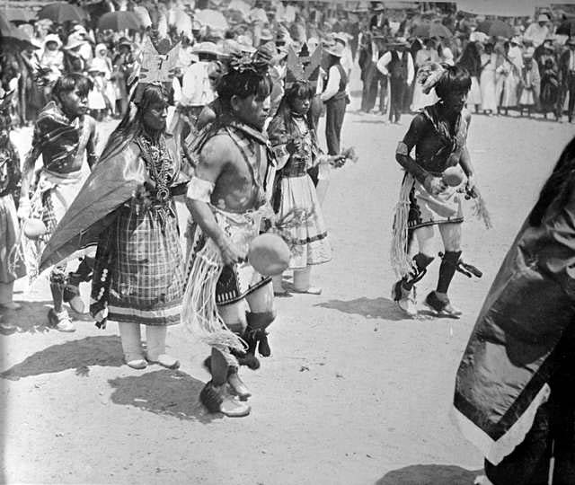 Corn Dance at San Felipe Pueblo in New Mexico Corn-Dance-at-San-Felipe-Pueblo-New-Mexico-1915-courtesy-Libary-of-Congress